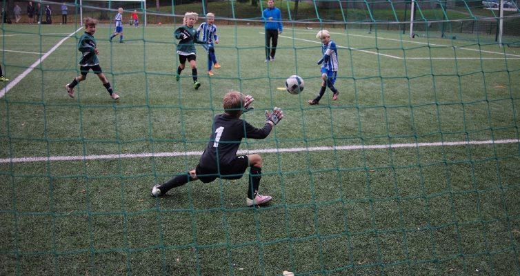 Onnistunut torjunta pelissä HJK vastaan SAPA